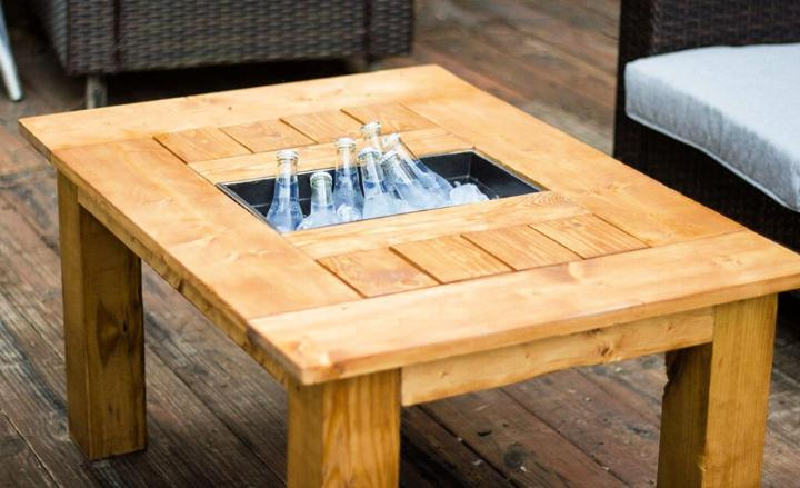 Outdoor Coffee Table with Built in Cooler