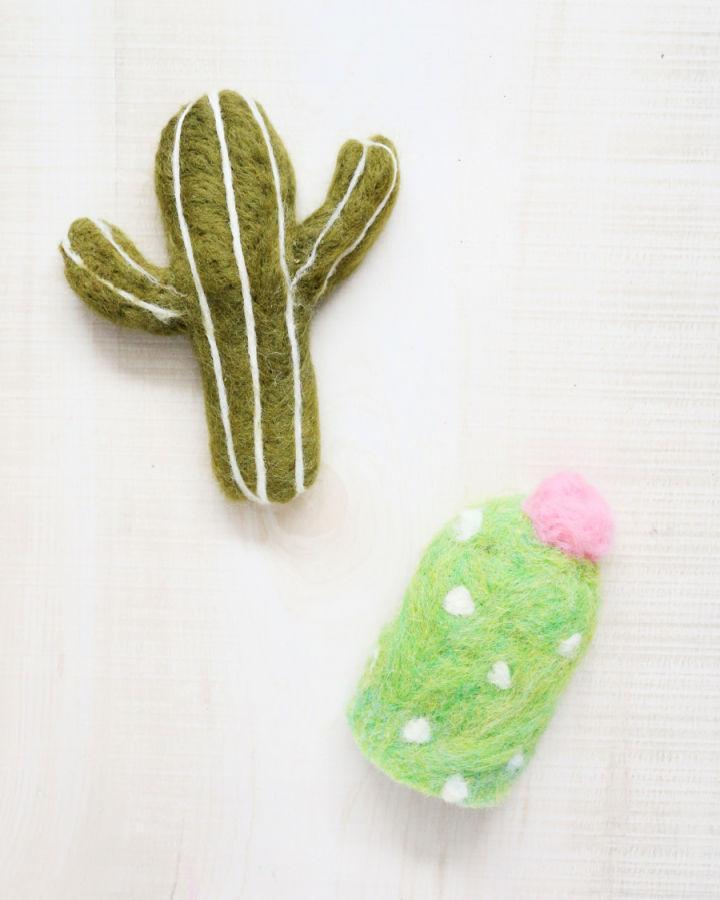 Cute Cactus Catnip Toy