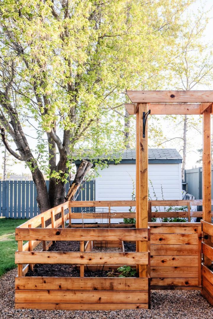DIY Enclosed Raised Garden Bed