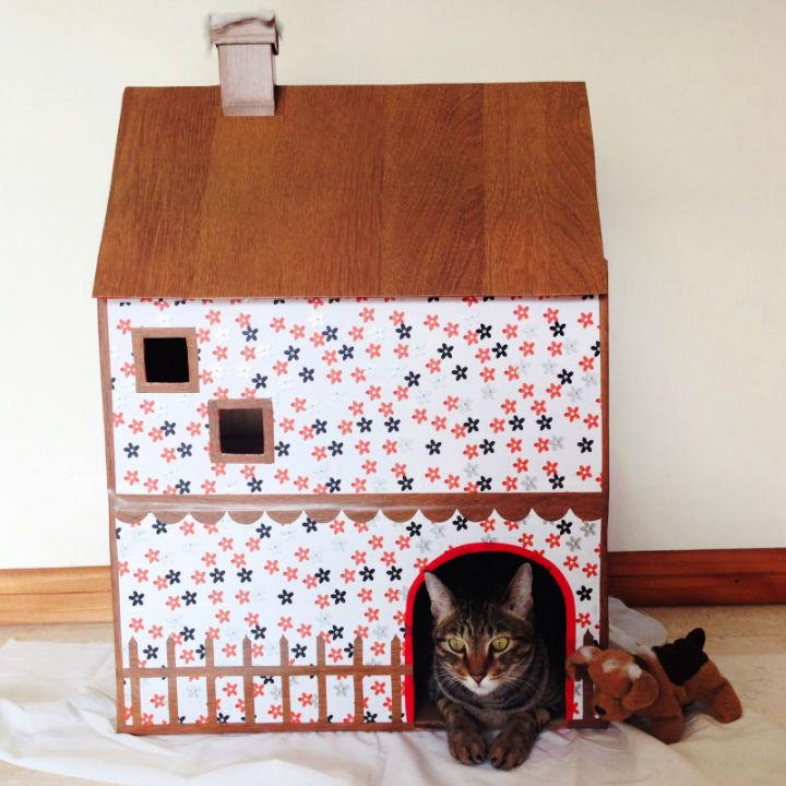 Easy DIY Small Cat House