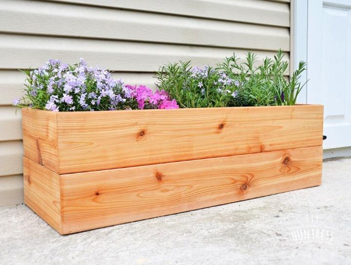 Modern DIY Cedar Planter Box