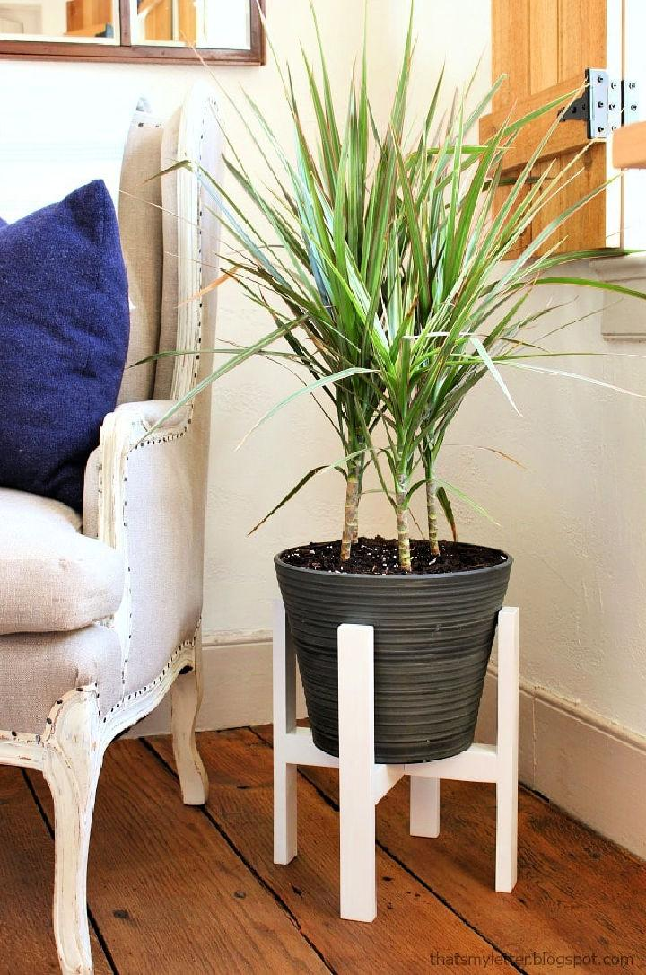 Plant Stand with Free Plan