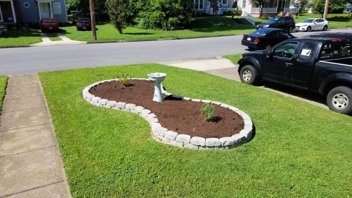 Small Flower Bed For Front Of House