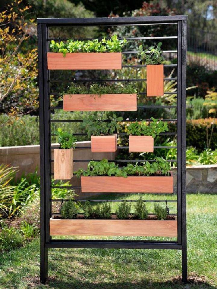 DIY Vertical Herb Garden from Fence
