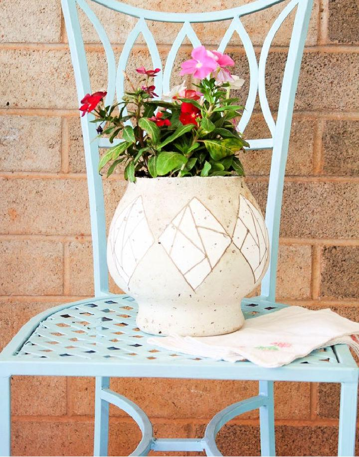 Easy to Make Cement Flower Pot