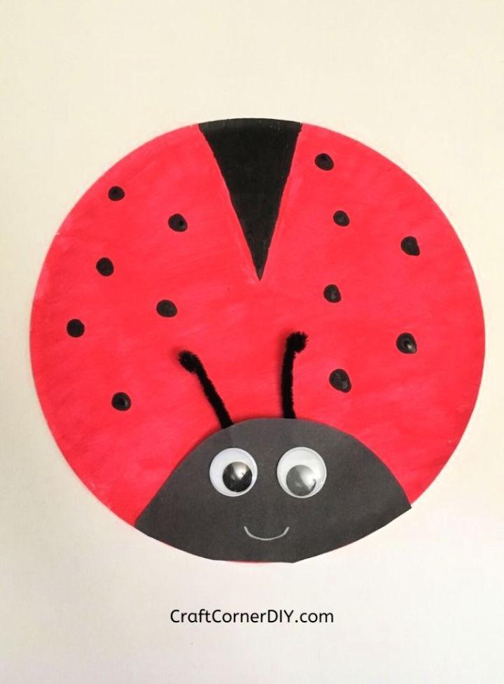Paper Plate Ladybug for Kids