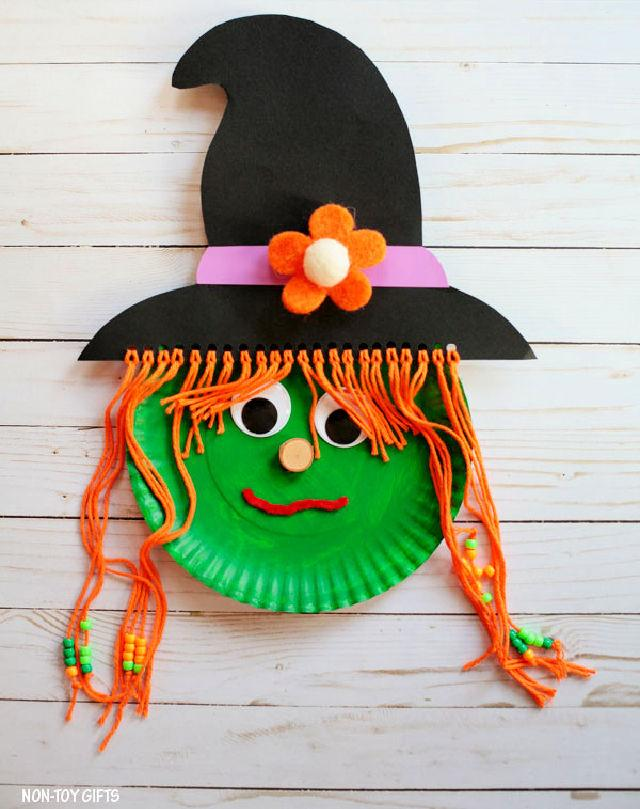 Paper Plate Witch for Halloween