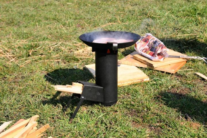 Building a Camping Rocket Stove
