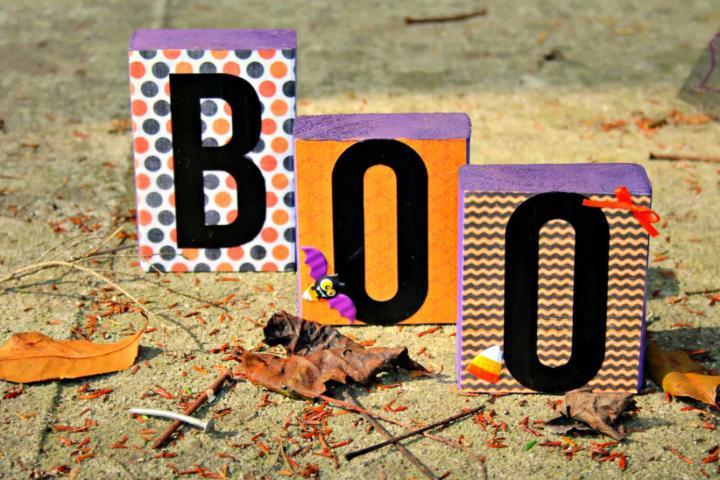 DIY Boo Blocks Indoor Decorating Idea
