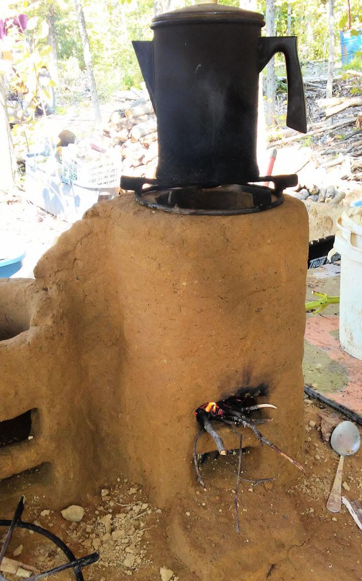 DIY Cob Rocket Stove