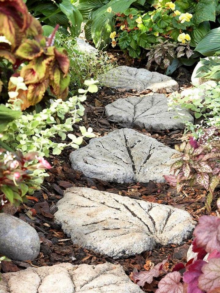 DIY Leaf Shaped Stepping Stones