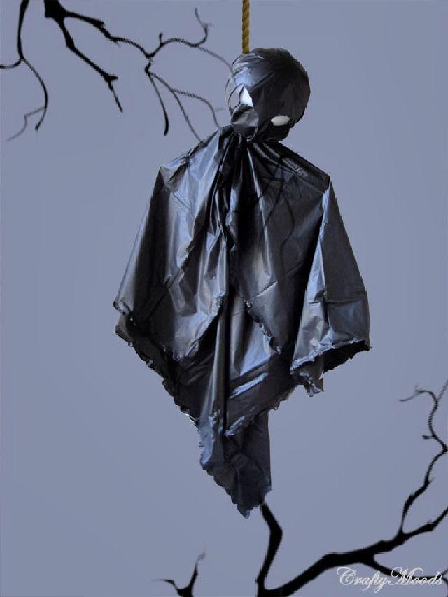DIY Spooky Ghosts for Halloween