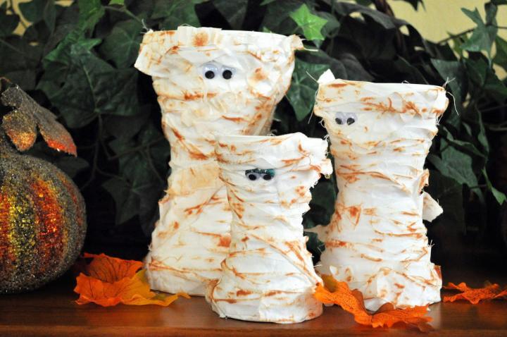 DIY Terra Cotta Mummies