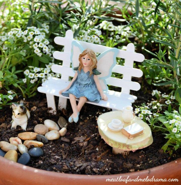 Easy DIY Fairy Garden