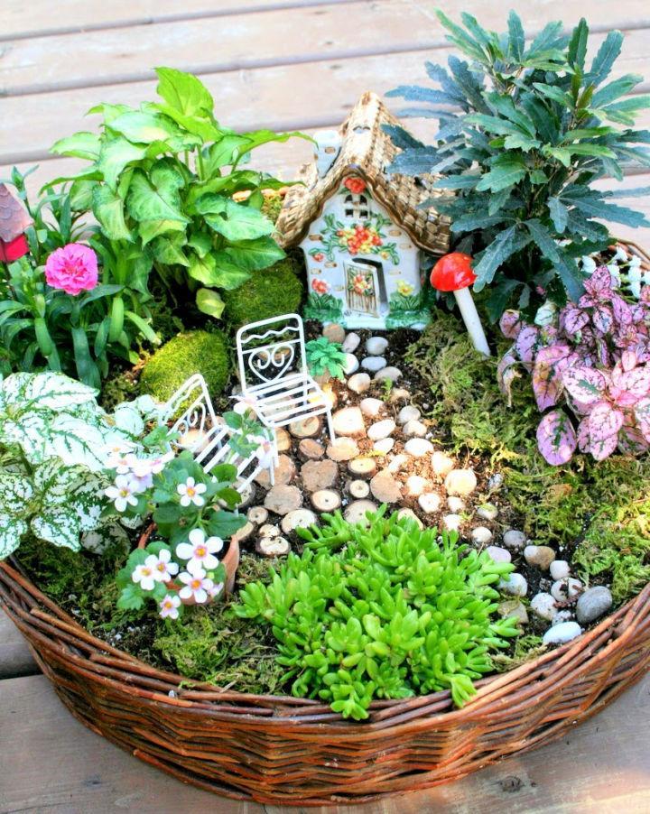 How To Make A Cheap Fairy Garden
