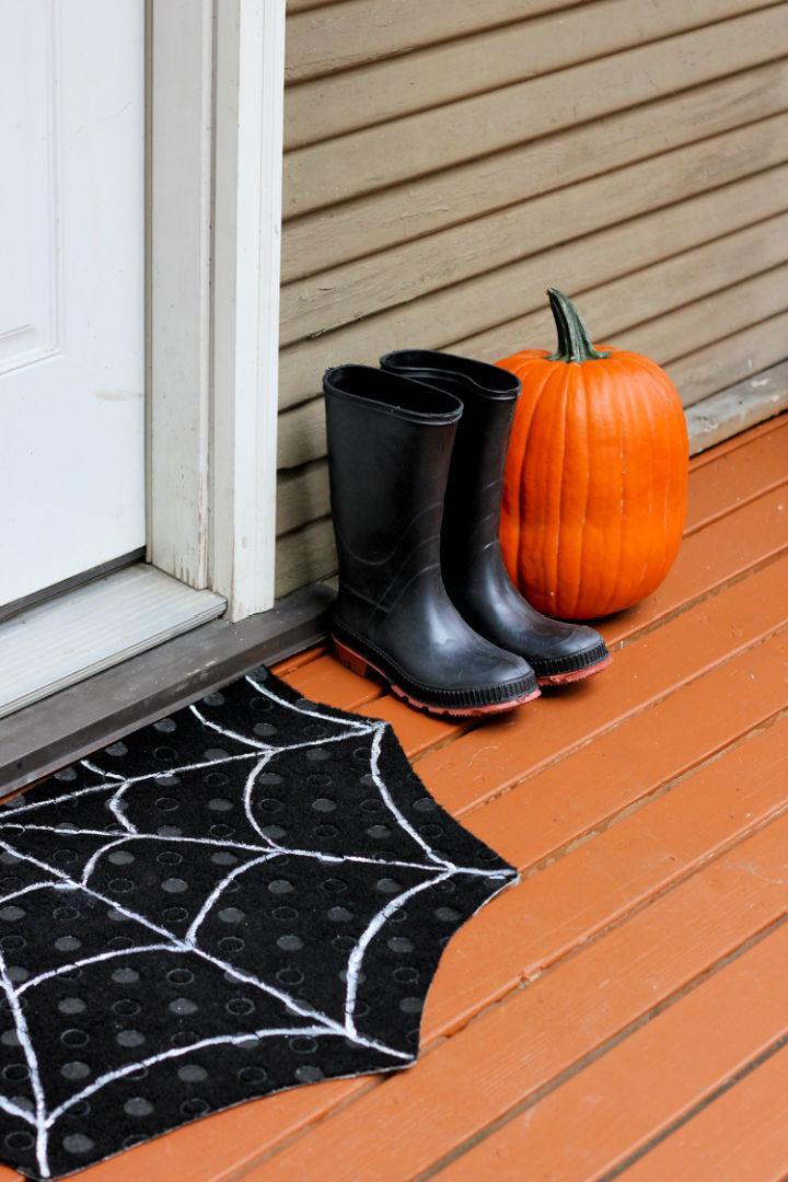 How to Make a Spiderweb Doormat