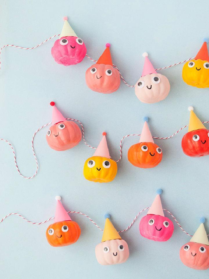 Party Pumpkin Garland for Halloween