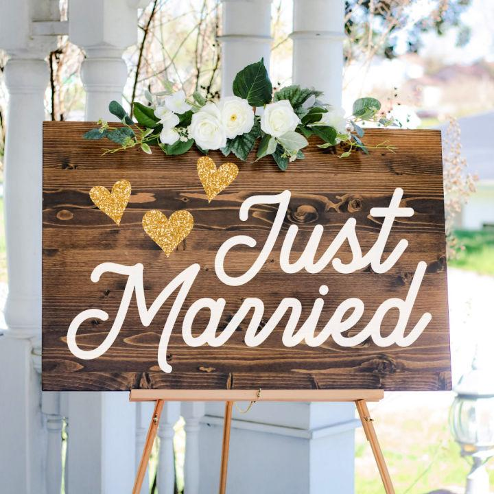 Create a Beautiful Just Married Sign
