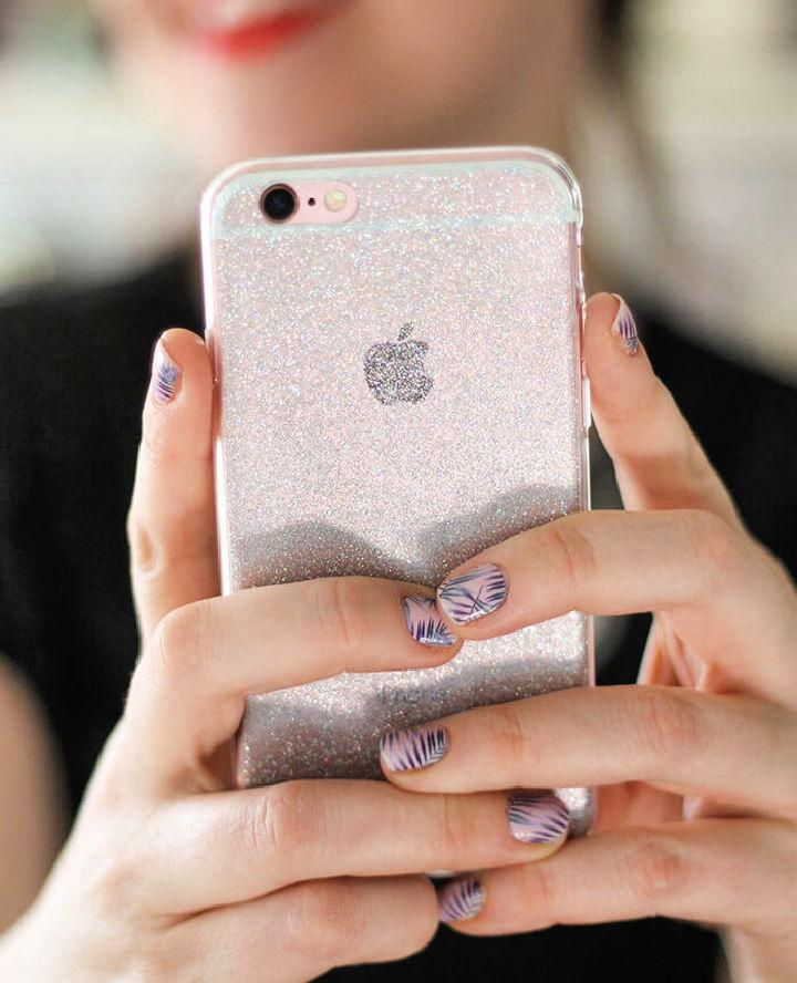 DIY Glitter For Your Clear Phone Case