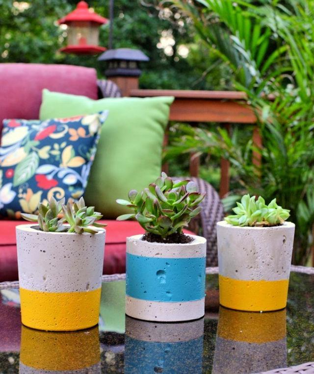 DIY Painted Concrete Planters