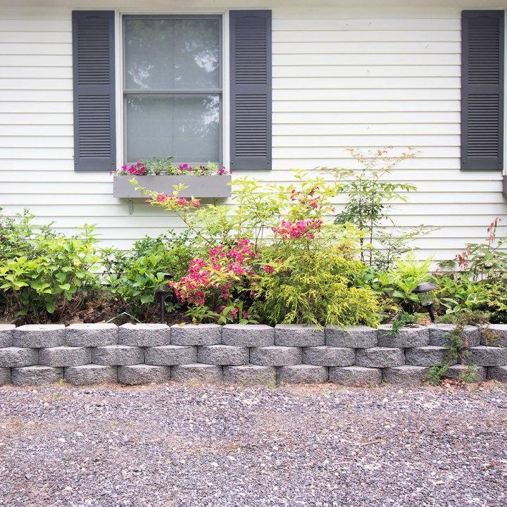 DIY Retaining Wall Planter