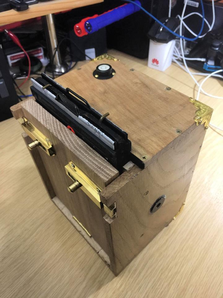 Easy to Make Pinhole Camera