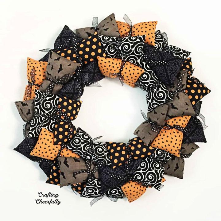 Halloween Pillow Wreath To Sell