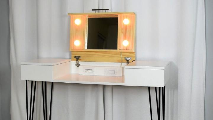 How To Build A Makeup Vanity