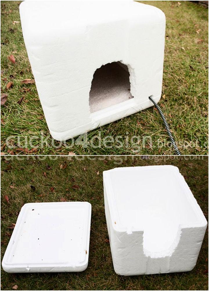 Outdoor Heated Igloo Cat House