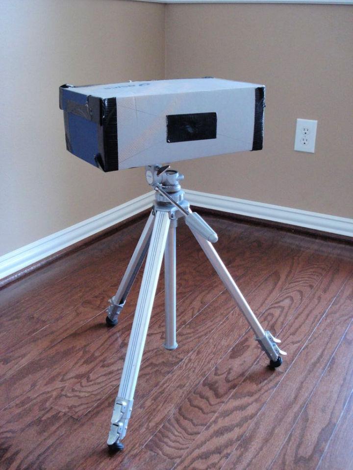 Pinhole Camera Using a Shoebox