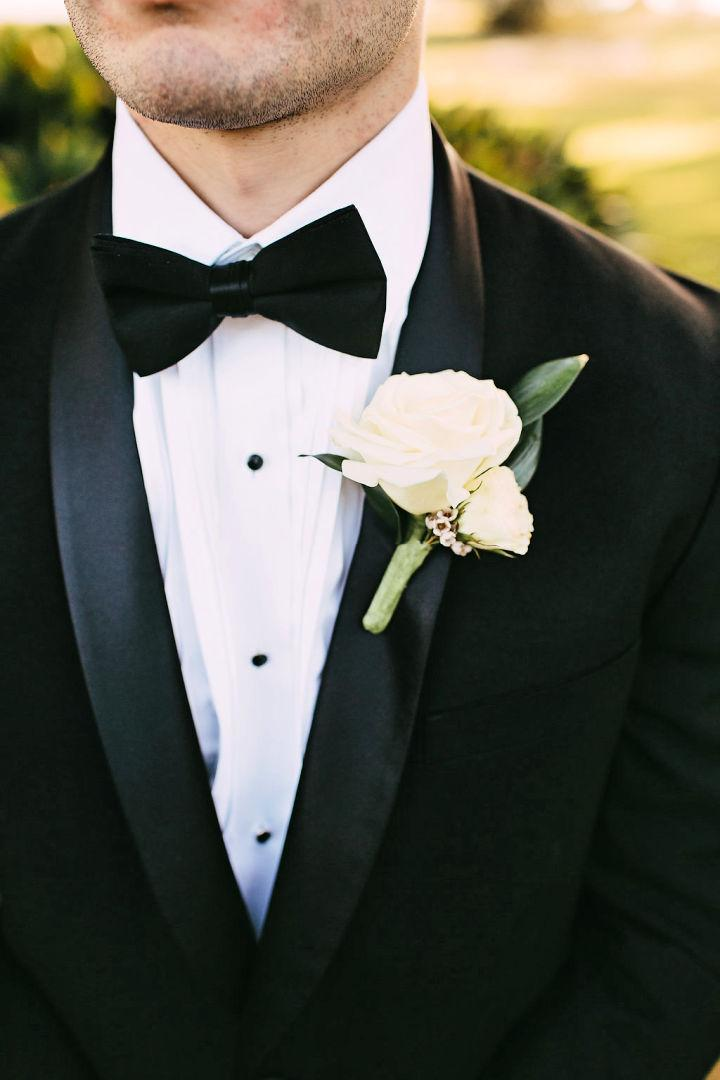 Simple to Make Boutonniere