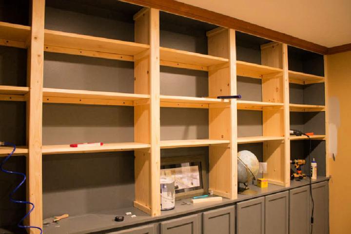 Affordable Built in Bookshelves