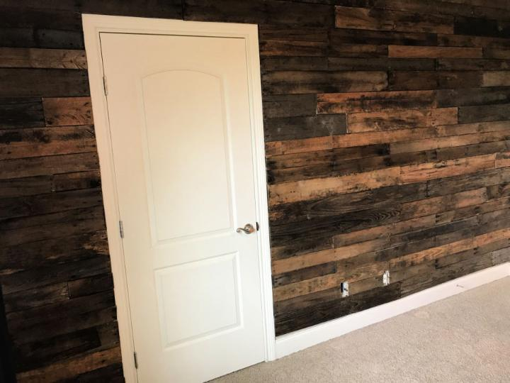 Beautiful Accent Pallet Wall
