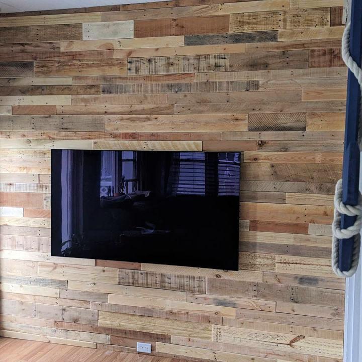 Beautiful Pallet TV Wall