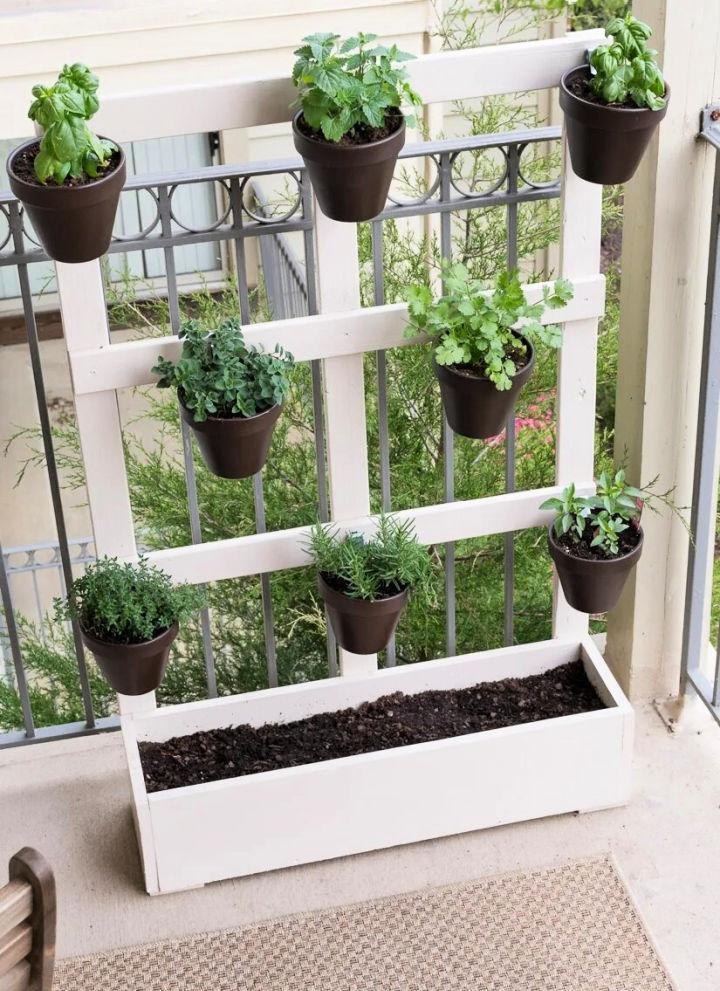 Build a Vertical Balcony Planter