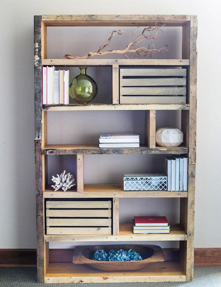 Crates And Reclaimed Pallet Bookshelf 1