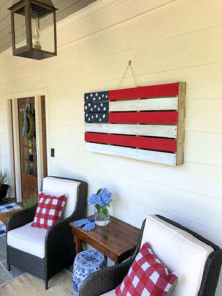 DIY American Pallet Flag