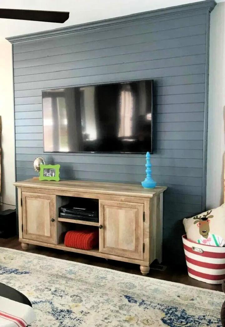 DIY Faux Pallet Wall For Your TV