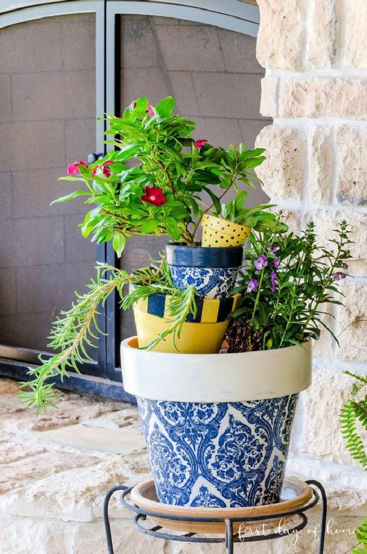 Decoupage Flower Pots with Napkins