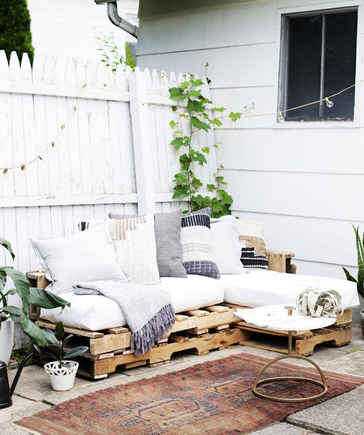 How To Make Pallet Couch