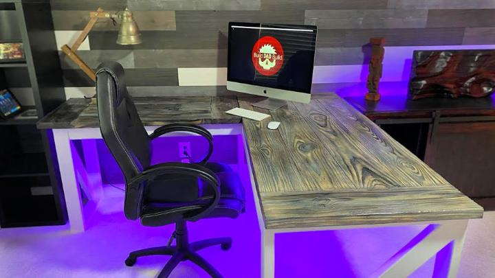 L shaped Desk with Burnt Wood