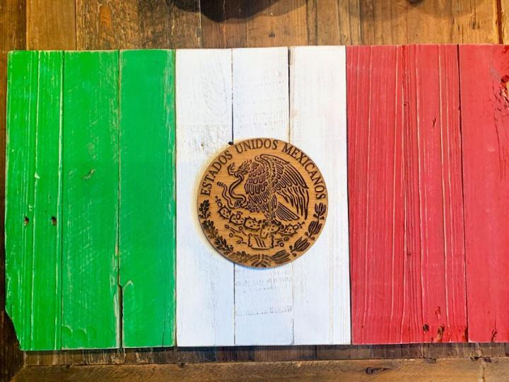 Mexican Pallet Flag