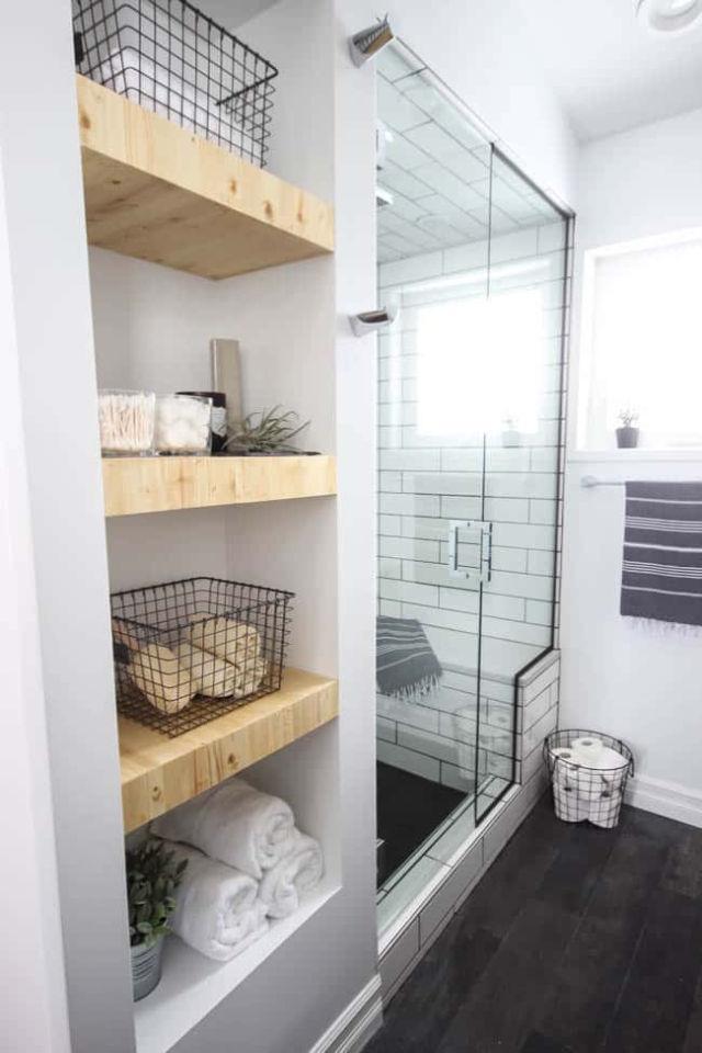 Modern Built in Bathroom Shelving