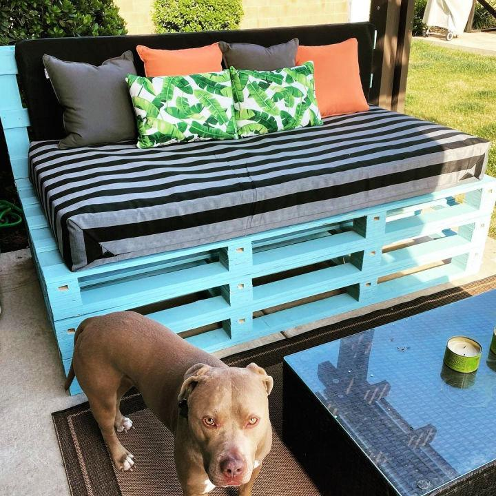 Pallet Daybed Couch
