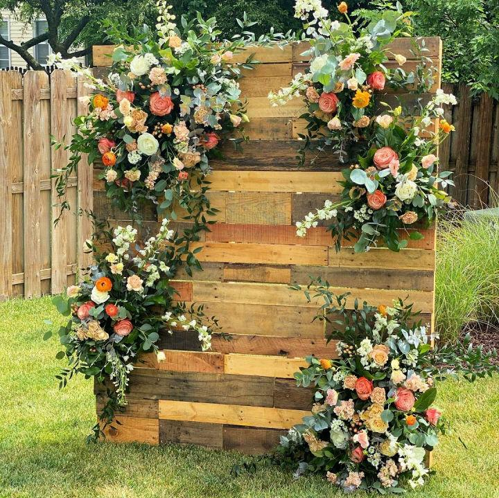 Pallet Wall Ceremony Backdrop