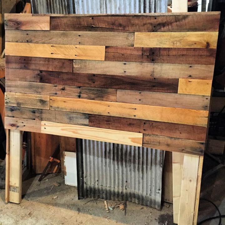 Pallet Wood Headboard Plan