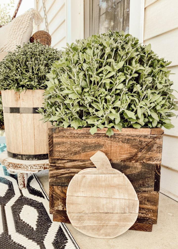 Planter Box From Pallet