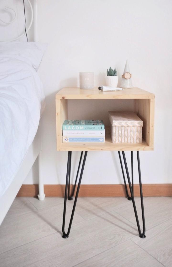 Scandinavian Style Nightstand with Hairpin Legs