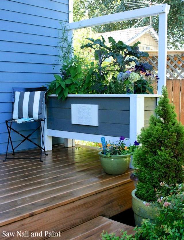 Simple DIY Deck Planter Box