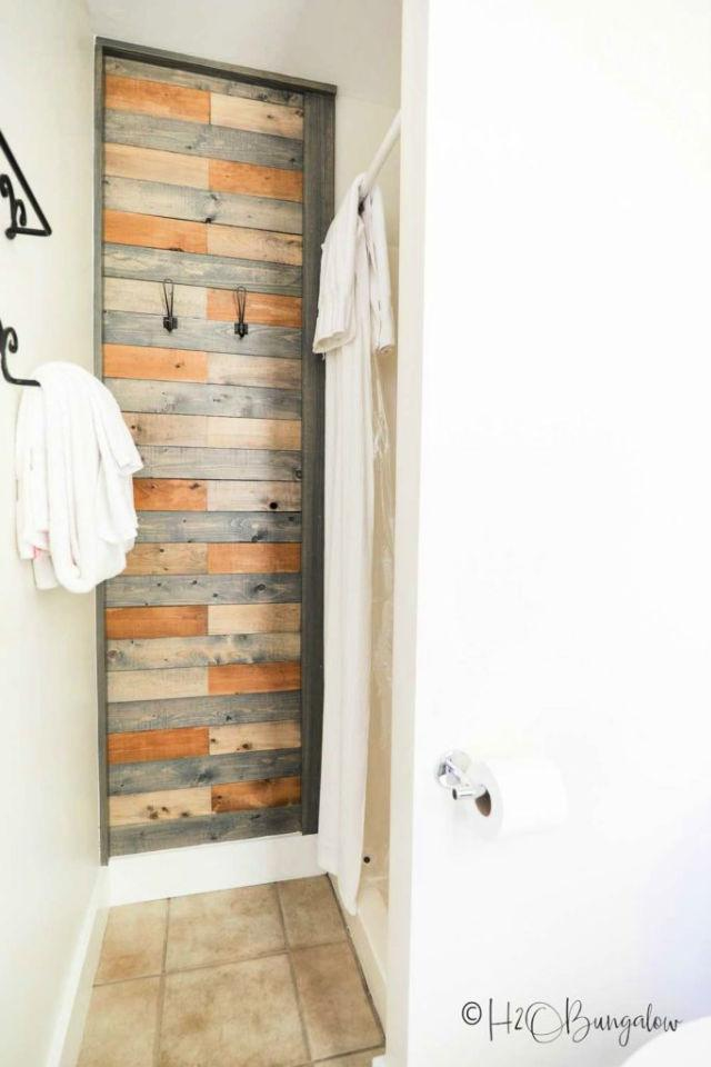Stained Pallet Bath Wall